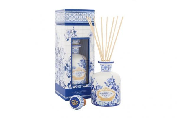 Scented diffuser candle