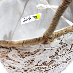 Women embroidered straw bag